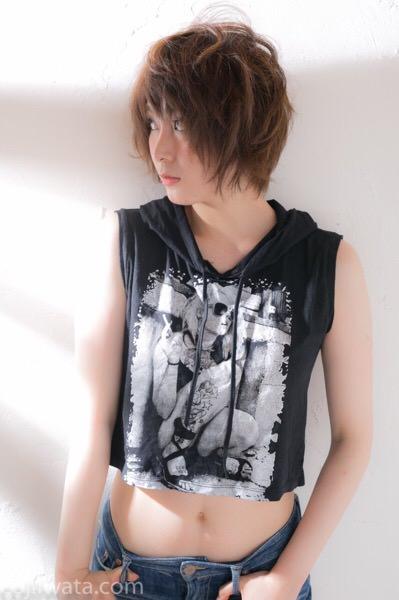 ミユキさん撮影させてもらいました。夏はこのぐらいでよくない?