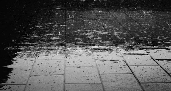 【梅雨の時期 】スタイリングをキープさせる方法