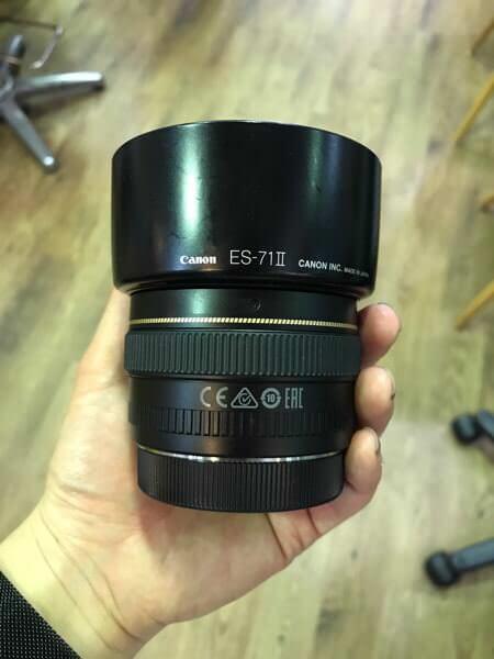 Canon 単焦点レンズ EF50mm F1.4 USM フルサイズ対応を売ります。