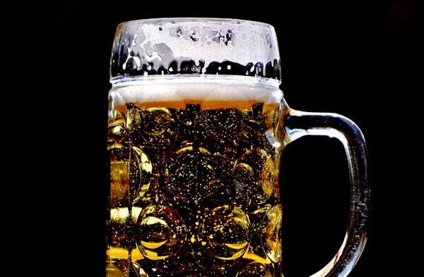 飲みながら痩せれるビールダイエットのやり方