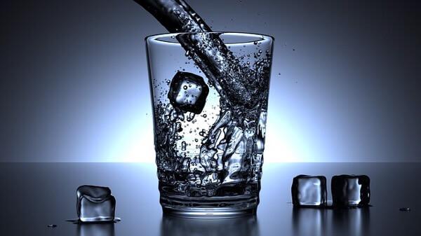 夏に冷たい物を健康的に飲む方法