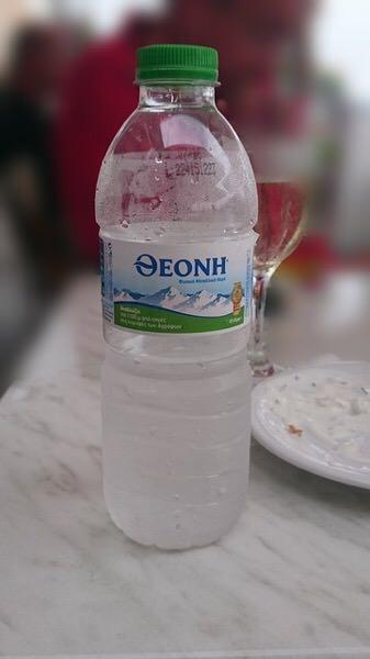 貴方の水分補給は間違ってませんか?正しい水分補給の仕方