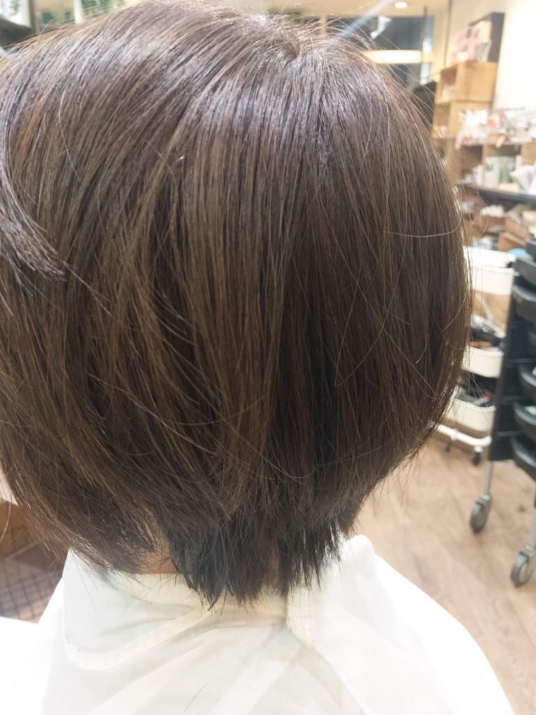 【今里で最速か!?】10分で白髪染めを終えて毛先はTHROW の新色でしてみたら良い感じだった