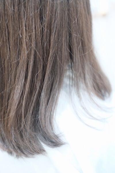 2月発売のRカラーシステムトリートメントを色々な年齢、髪質の方に試してみている。