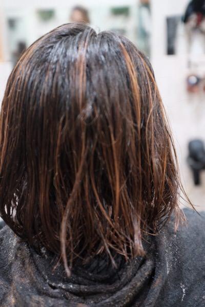 濡れた髪の毛へのブラッシングは良くない!?