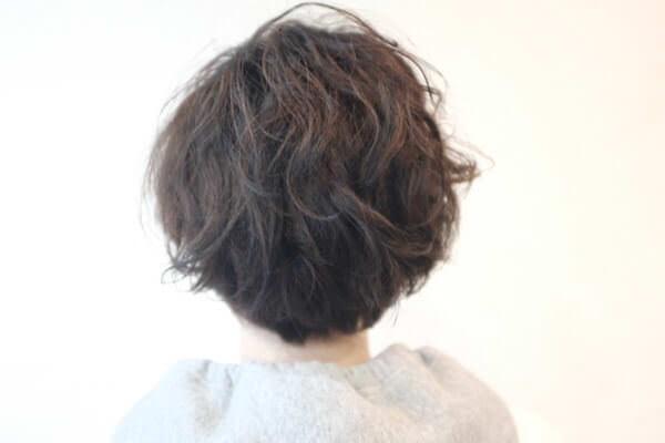 黒染め経験の髪の毛にはアクセントカラーで色味をがっつり変えるのがおススメ