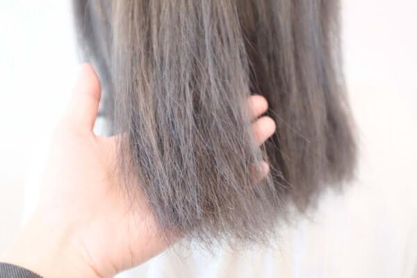 白髪、ハイトーンダメージ毛など髪質によってカラー剤を使い分けてみると……
