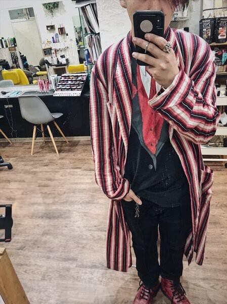 【大阪 今里】ハロウィンの仮装でもないのに普段着が派手な美容師のアールシステムトリートメントと泡オキシと酵素テクノロジーとアマトラOQを使ったサロンワーク