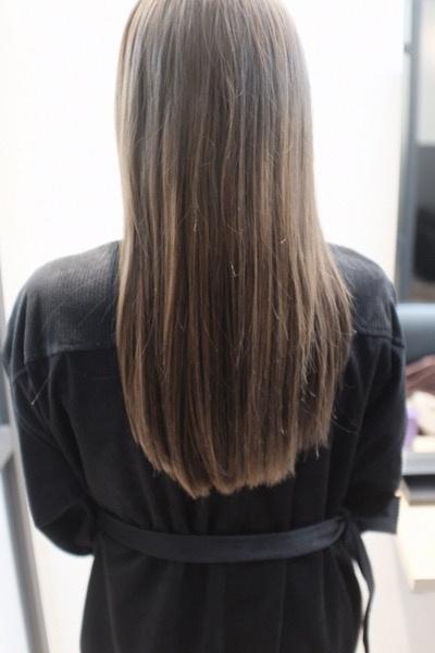 【東京 銀座】ダメージとくせ毛で広がる髪の毛をtintbar とFlowers(フラワーズ)シャンプーでお悩みを解決してみた!