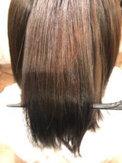 【大阪】ジュエリーシステムの髪質改善で縮毛矯正で傷んだ髪の毛もサラサラに