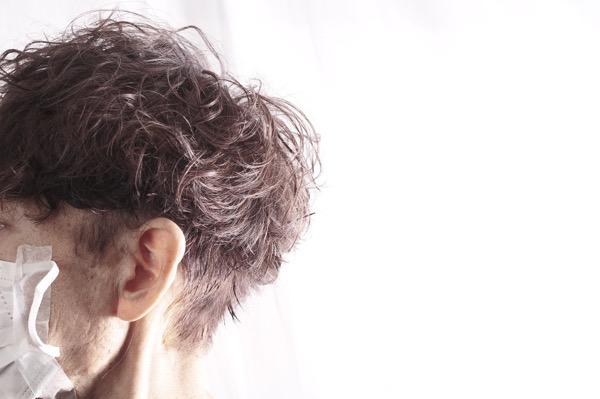 【大阪】白髪のある大人世代にはシルバーアッシュカラーがおススメ