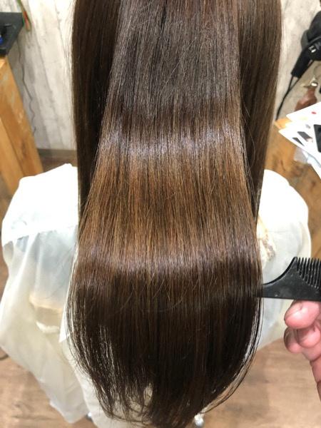 縮毛矯正とカラーはどちらからするべき?