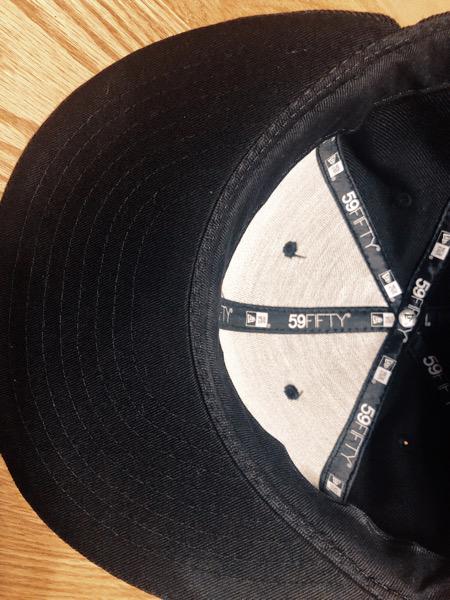 夏の汗のシミを帽子につかなくさせる方法