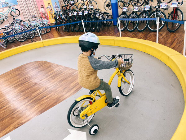 初めての子供の自転車購入に試乗運転ができるサイクルベースあさひ千里丘店に行ってみた!