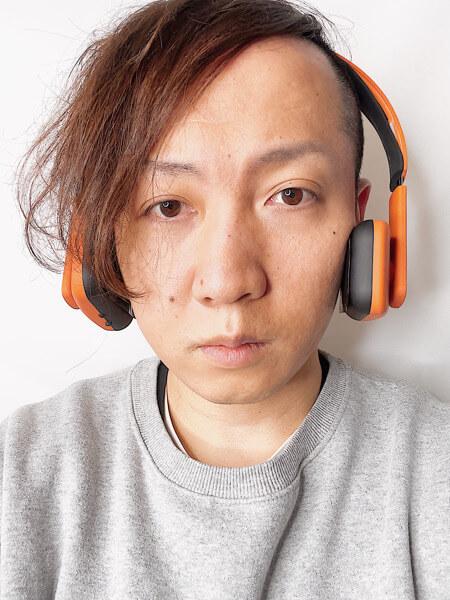 目が大きくなる!?顔の筋肉を鍛えて小顔にするヘッドフォン型フェイスプレイヤーがオススメすぎる!