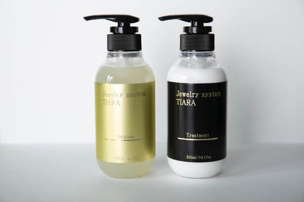 【ネット注文可能】大人の癖毛を改善するシャンプー!?ヒト幹細胞培養液配合のジュエリーシステムプレミアムシャンプーがオススメ!
