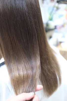 【大阪】癖毛、ハイダメージ毛の改善に効果的な最高級シャンプーFlowersが15%OFFで購入できるようになる!?