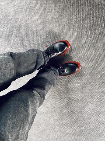 スニーカーダンクで初めて靴を購入したら届いたので使い心地のレビューしてみた