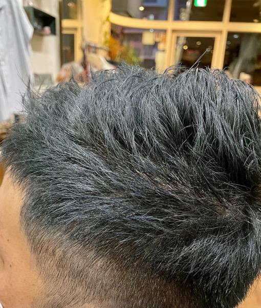 【大阪 今里】30代以降の白髪で困っている男性にはブリーチをしたアッシュ系カラーがオススメ