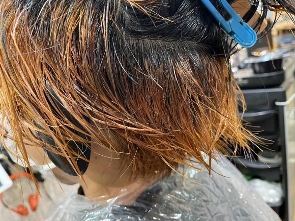 【大阪 今里】ブリーチを使ったブルー系のカラーにはサロンケアとホームケアがオススメ
